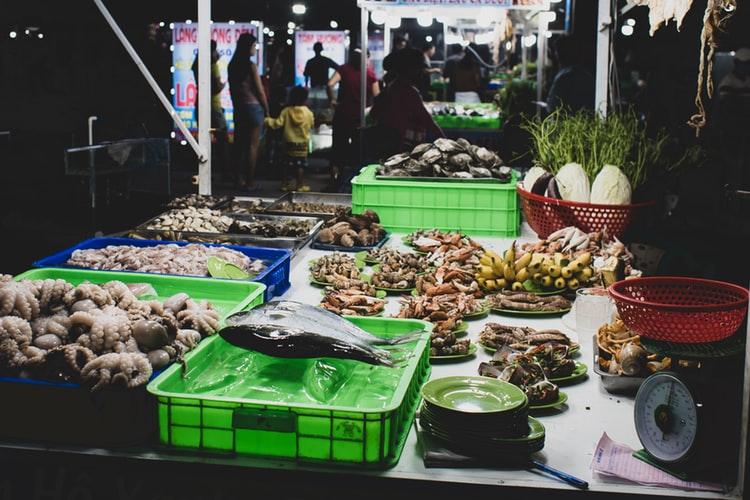 night markets in Kuala Lumpur