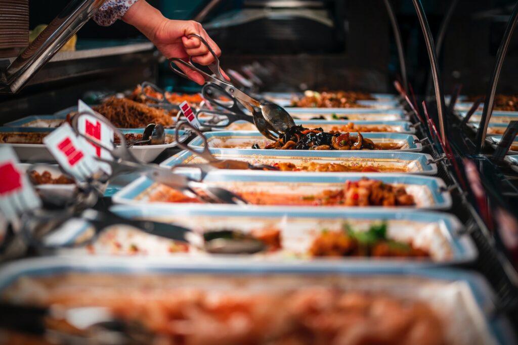visit seafood restaurants
